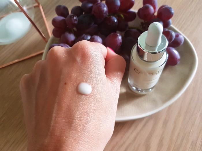 mon avis sur les produits de soin visage anti-tache vinoperfect de caudalie