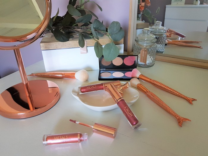 Tendance métal: Metals Metallic Shine Lipgloss de Cookie's Make Up!