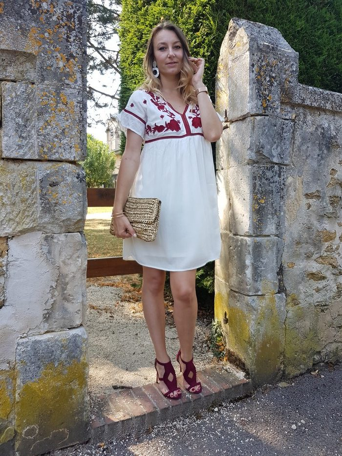 look d'été robe blanche grain de malice