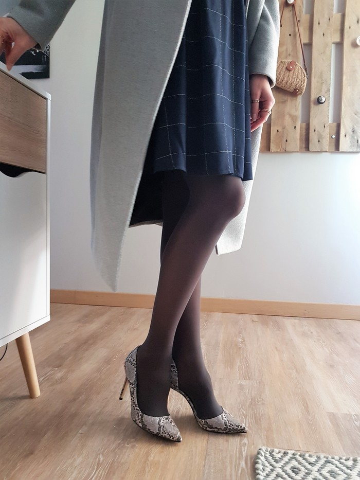 look tendance avec chaussettes bleuforet