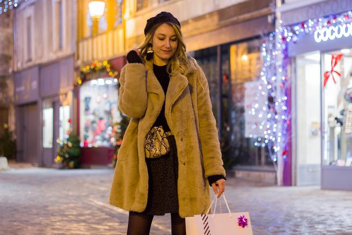 look d'hiver manteau fausse fourrure