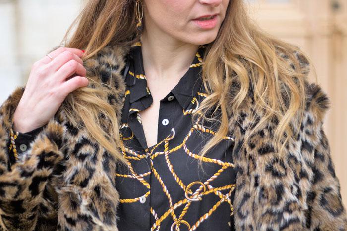 La fausse fourrure léopard: c'est démodé?
