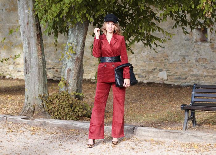 Un tailleur en velours: 3 possibilités