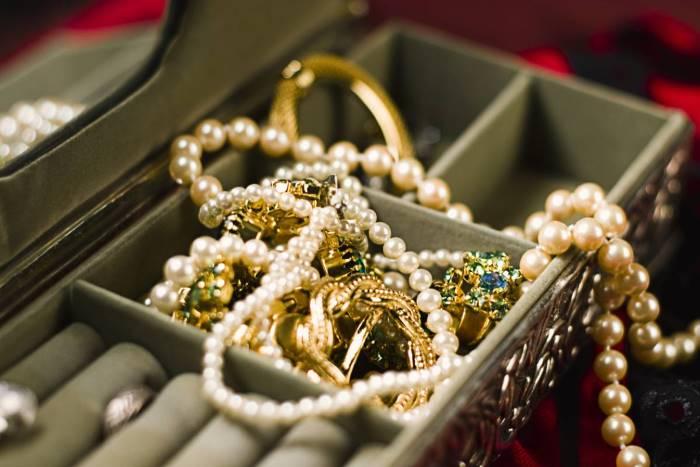 Comment optimiser le rangement des bijoux ?